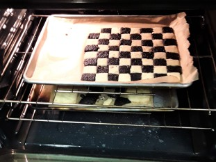 In the oven - Jam